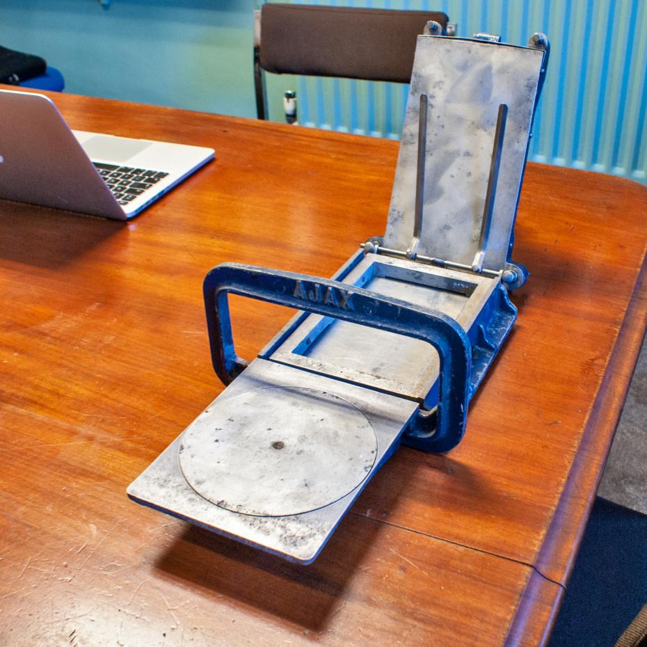 Ajax flatbed press for sale